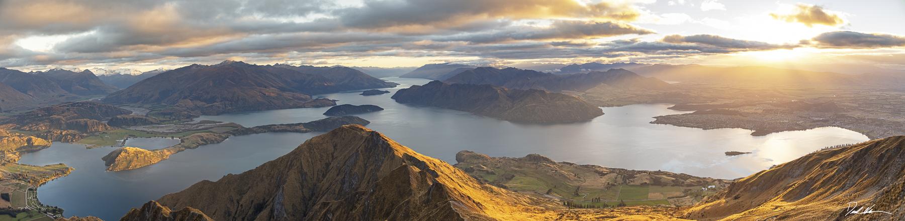 Wanaka, New Zealand sunrise