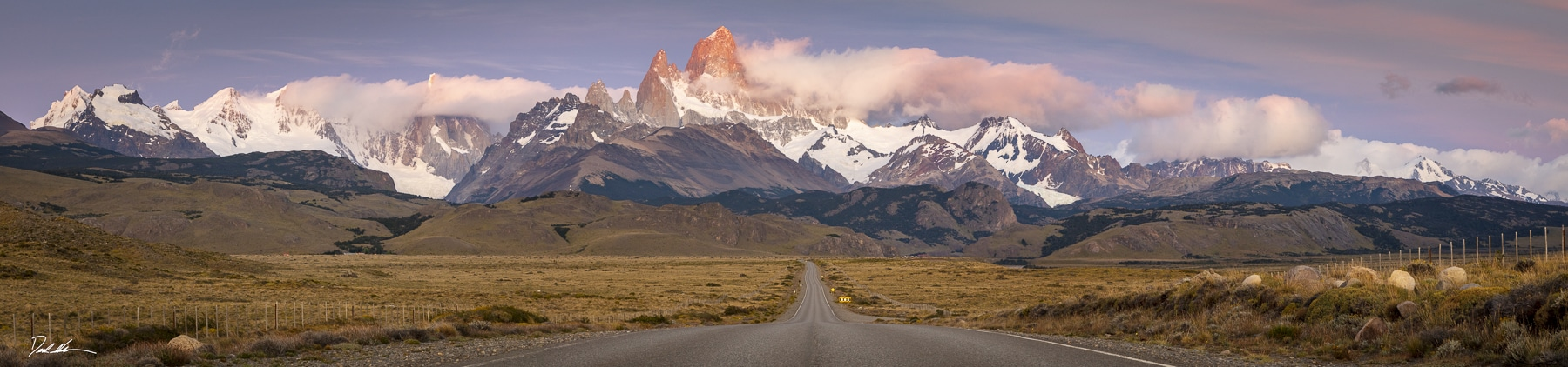 sunrise on road to Mount Fitz Roy